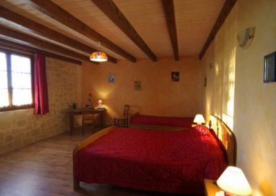 maison-hotes-stflour-margeride-cantal-auvergne-piscine-14
